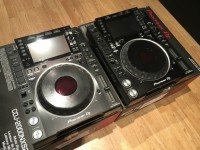 2 units of pioneer cdj 2000 nexus and djm 900 nexus dj set